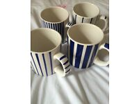 Set of 4 mugs.