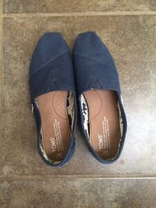 Navy Blue 7W Toms