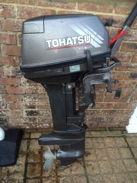 Tohatsu 15hp short shaft outboard motorin Bournemouth, DorsetGumtree - Tohatsu 15 Hp short shaft outboard motor Runs and pumps water well 2 stroke