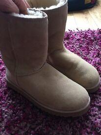 Women's Ugg boots size 8 UK