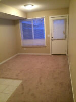 Clean suite for rent in Saddleridge