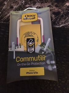 Otter Box Dual Layer Defender For 5 , 5s and 6 s New London Ontario image 1
