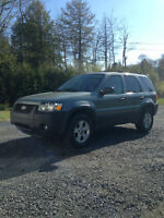 2006 Ford Escape XLT SUV, Crossover Loaded & Leather Seats