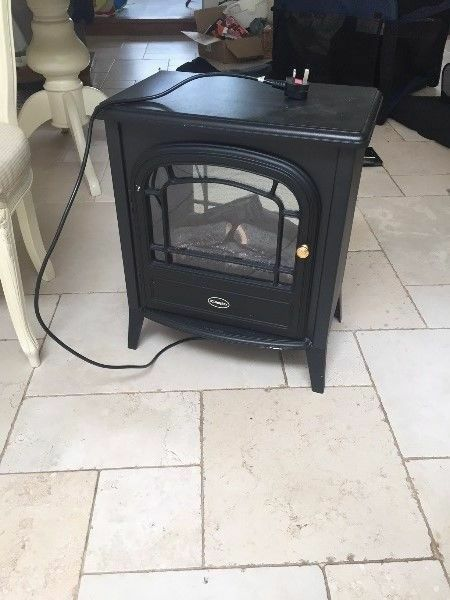 **DIMPLEX**ELECTRIC FIRE**LOG FIRE EFFECT**REMOTE CONTROL**VERY GOOD CONDITION**