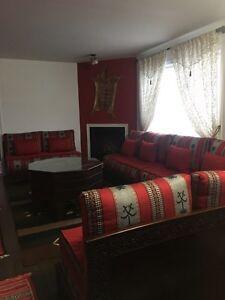 Salon marocain presque neuf de haute qualité