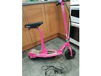 RAZOR E100S PINK SCOOTER EXCELLENT CONDITION BATTERY MOTORISED