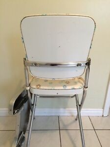 Vintage high chair London Ontario image 7