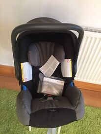 Britax Baby Safe plus car seat
