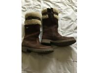 Start rite aqua-chill brown leather boots size 30