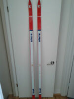 Skis de fond grandeur 200 cm