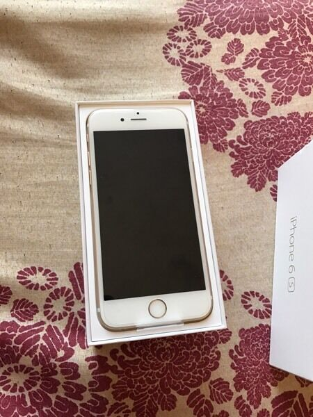 iPhone 6s gold UNLOCKED WITH WARRANTYin Bradford, West YorkshireGumtree - iPhone 6s gold 128gb unlocked boxed up newUnder warranty For more info please call me on 07963600232