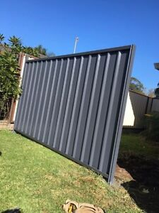 COLOURBOND GATE SUPPLY AND INSTALL SOUTH COAST AND SURROUNDS!! Nowra-Bomaderry Preview