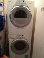 LAVEUSE&SÉCHEUSE / WASHER&DRYER WHIRLPOOL COMBO