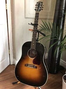 Gibson Acoustic J-45 2008 ( Alessia Caras Guitar )