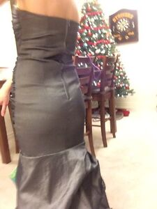 Grey Floor Length Dress Kitchener / Waterloo Kitchener Area image 6