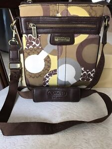 Pouch Coach. Copie
