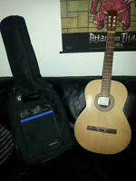 La Patrie Classical Acoustic - Made in Quebec Asking $300
