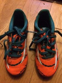 Football boots child's size 13