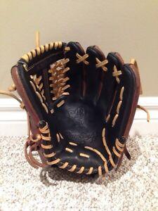 Rawlings Heart of the Hide Glove