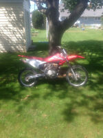 2004 honda crf150 grate bike