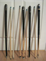 POOL CUES -  4 CUES & 2 TOTE BAGS - open to offers.