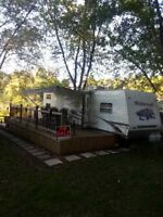 31' WILDWOOD TRAVEL TRAILER QBSS
