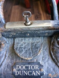 Antique doctor bag and lots more  Windsor Region Ontario image 3