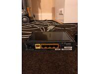 Netgear N300 WNR2000v2 router