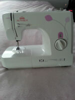 Sewing Machine for sale !