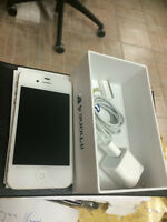 2 IPHONE 4S 16GB FACTORY UNLOCK .EXCELLENT CONDITION