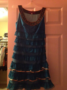Beautiful Blue Dress (Great for proms and parties)SALE! Kitchener / Waterloo Kitchener Area image 2