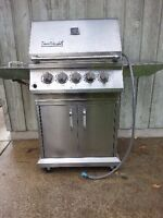 Ducane Stainless Steel Natural Gas BBQ