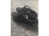 Black canvas Fred perry pumps. Size 5