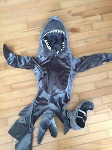 Costume de requin