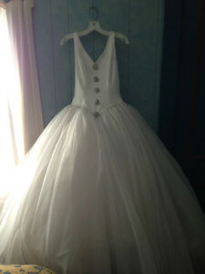 Vintage Alfred Sung Wedding Dress - Size 6-8