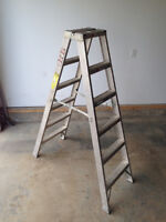 Louisville Heavy Duty Industrial Step Ladder