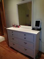 Mobilier de chambre d'enfant complet - lit simple (bois)