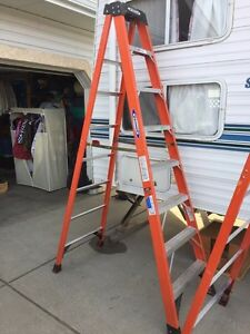 8'  insulated ladder