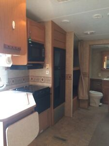 2009 Four Winds Fifth Wheel Strathcona County Edmonton Area image 6