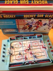 Vintage 1988 'ice hockey' table top game - Great condition!