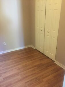 3 BDRM TOWNHOUSE IN WEST WINDSOR $825++ AVAILABLE MAY