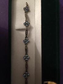 "7"" antique blue gemstone and diamonte bracelet flower design beautiful"