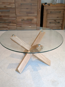 Wholesale Tempered Glass Solid Oak Coffee Table (2 Colours)