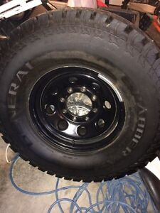 """Studded General Grabber at2 on 16"""" 8x170 Superduty wheels"""