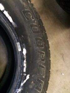 215/70/15 snow tires London Ontario image 5