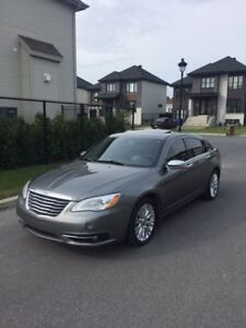 Chrysler 200 LIMITED CUIR ,gps, FULL équipe