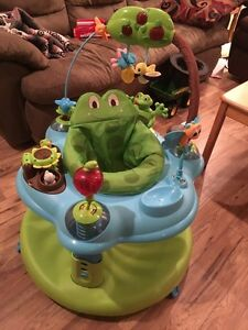 Evenflo Exersaucer and Leapfrog stand station