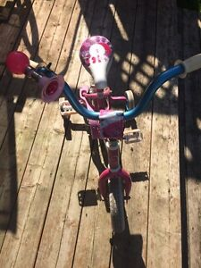 "Girls 10""bike Kitchener / Waterloo Kitchener Area image 2"