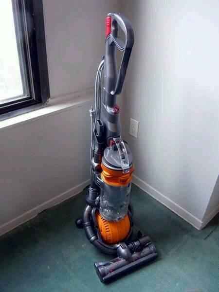 Dyson dc25 ball upright vacuum 6 months warranty