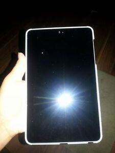 Tablette Nexus 7 2013 Asus 32gb NÉGOCIABLE